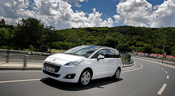 Test - Peugeot 5008 1.6 BlueHDi EAT6
