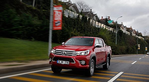 Test - Toyota Hilux 2.8 D-4D