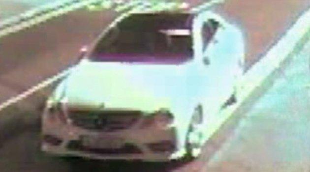 Acemi Hırsız Yanlış Otomobile Bulaştı