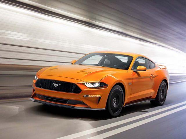 Yenilenen Ford Mustang daha fazla güç ve yeni bir görünümle geliyor