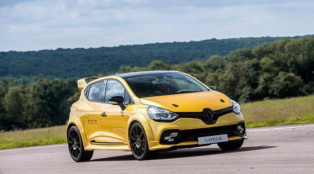 Renault Clio R.S. 16 Paris'te kendini gösterdi