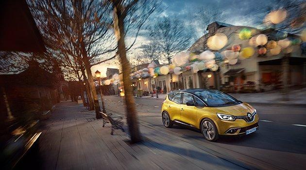 Renault'dan iki dünya prömiyeri birden