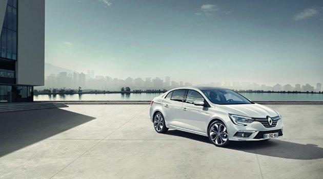 Renault Paris'te yeni modellerini tanıtıyor