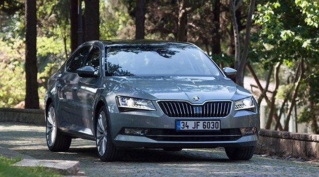 Test – Skoda Superb 1.6 TDI DSG