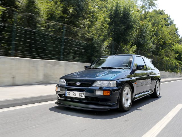 Retro Sürüş – Ford Escort RS Cosworth