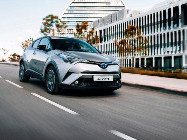 Toyota C-HR en çok satılan hibrit oldu