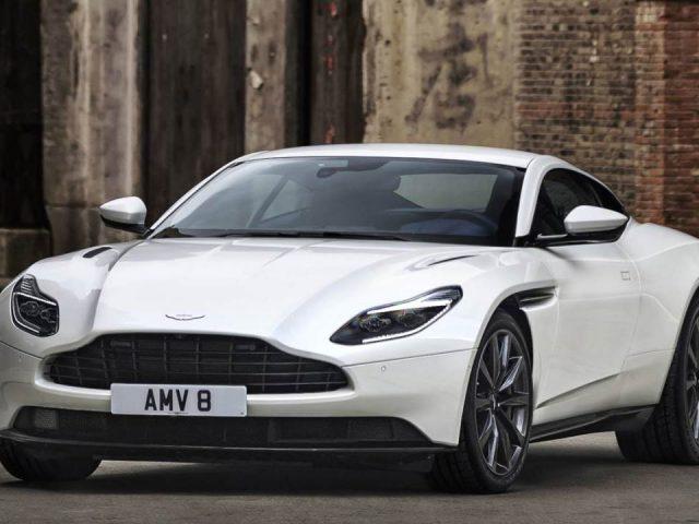 AMG motorlu Aston Martin