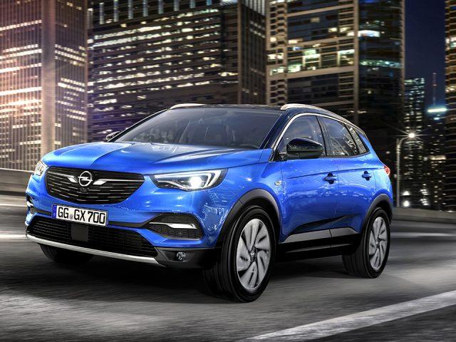 Opel Grandland X'ten kış aktiviteleri