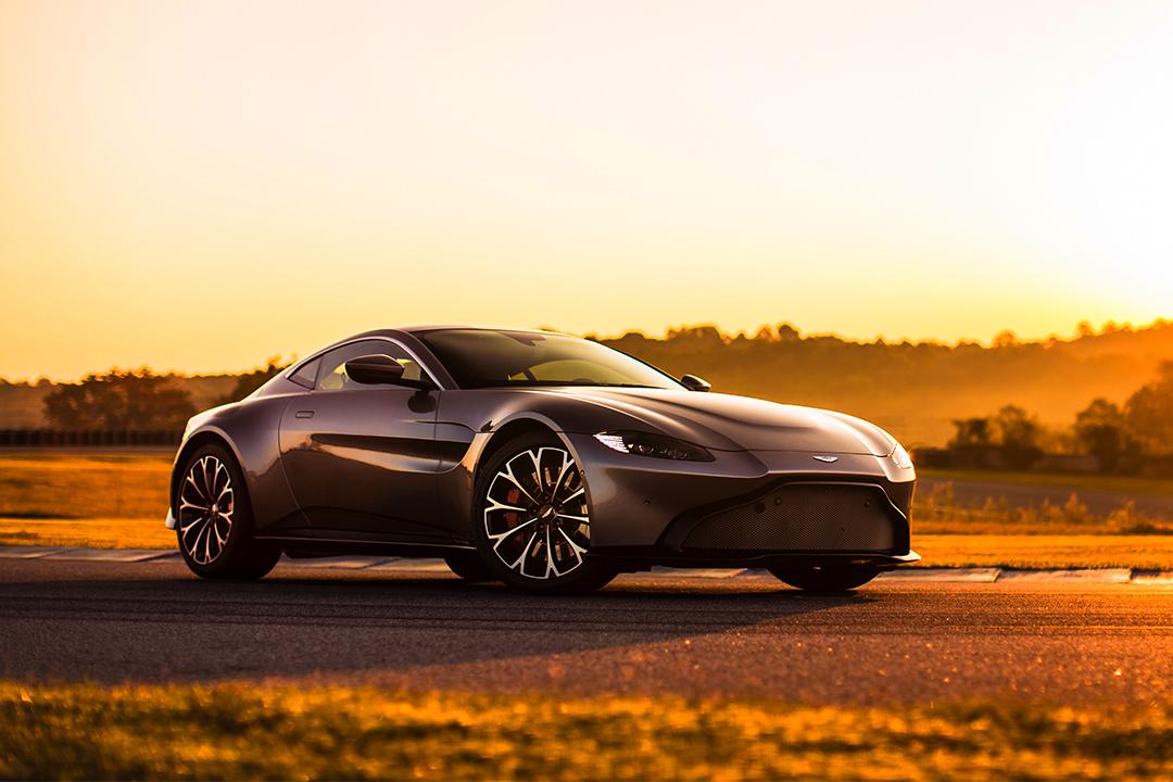 Yeni Aston Martin Vantage Türkiye'ye geliyor. İşte dudak uçuklatan fiyatı…