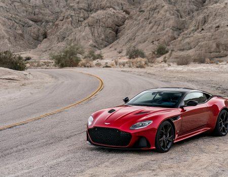 Aston Martin'in en ateşlisi sahneye çıktı