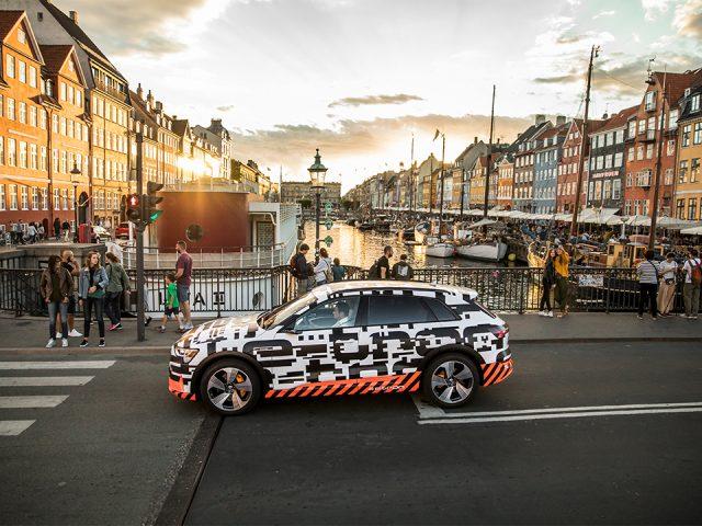Audi e-tron sahneye çıktı