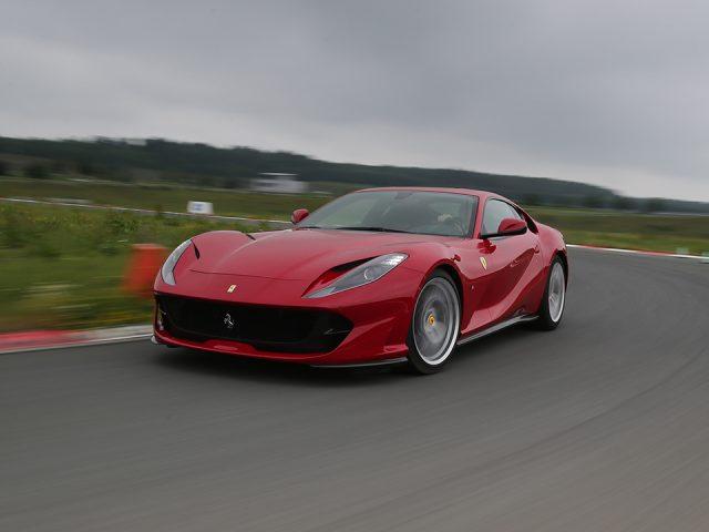Test – Ferrari 812 Superfast