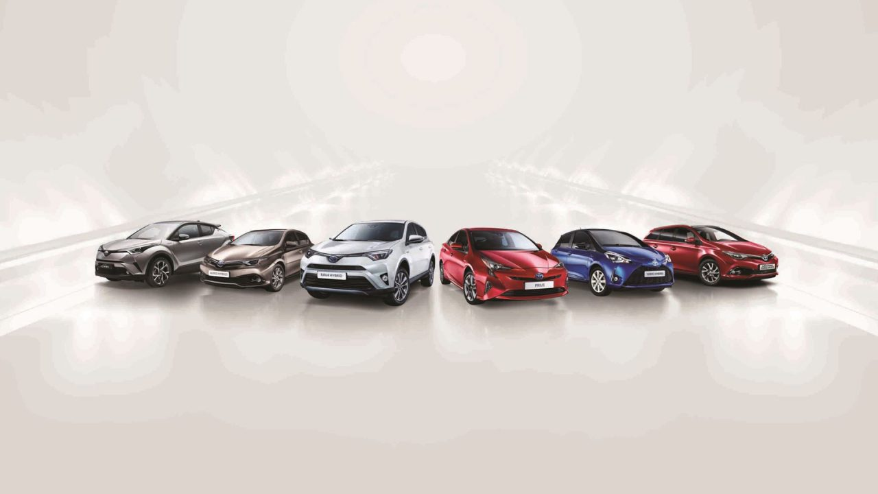 Toyota Türkiye'ye hibrit teknolojisini anlatmaya devam ediyor