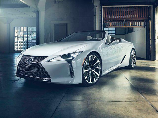 Lexus yeni cabrio'sunu tanıttı