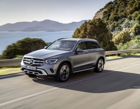Yenilenen Mercedes GLC Cenevre'ye yetişti