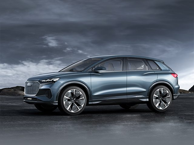 Audi, Q4 e-tron konseptini Cenevre'de görücüye çıkardı