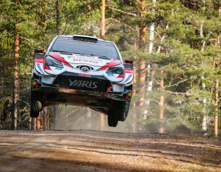 Toyota İsveç Rallisi'nden zaferle ayrıldı ve zirveye yerleşti