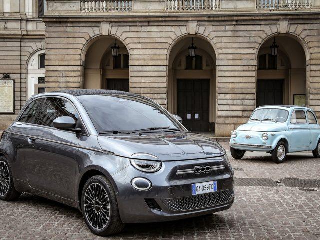 Yeni Fiat 500 elektriklendi