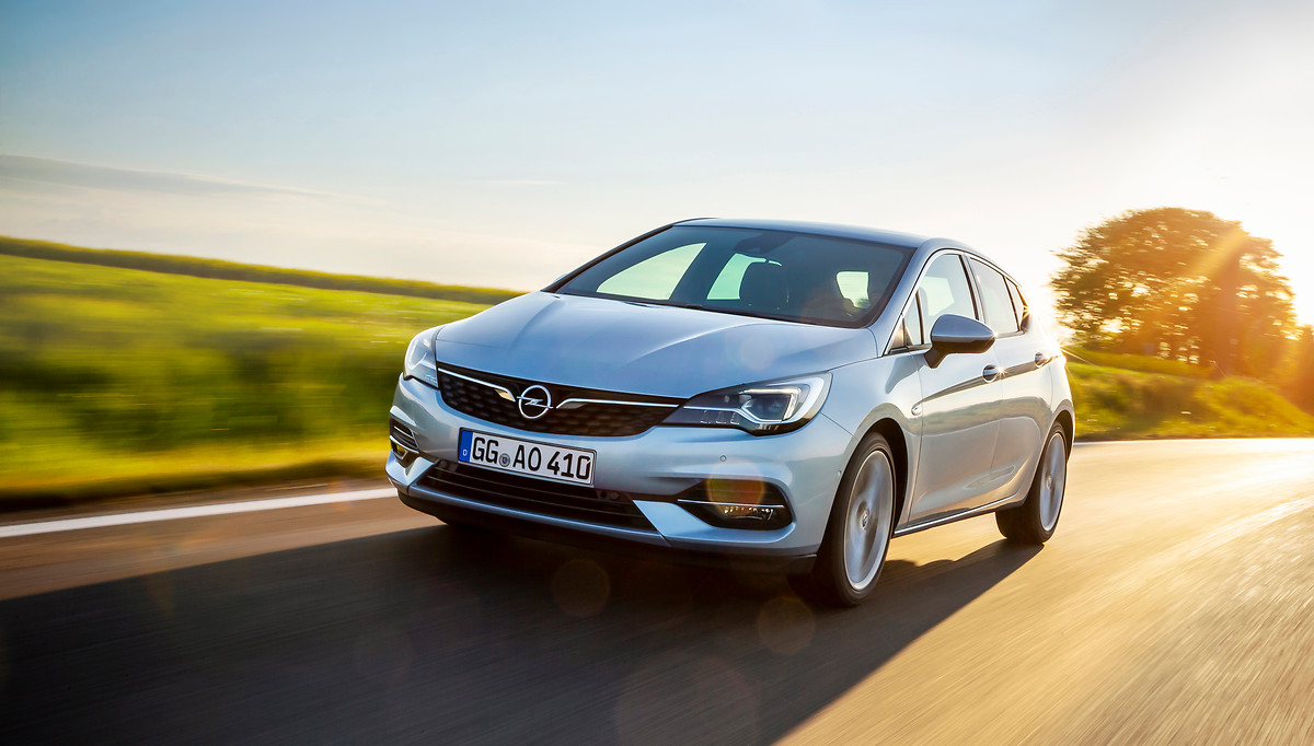 2020 Opel Astra, verimli motorlar ve yenilikçi teknolojilerle satışa sunuldu