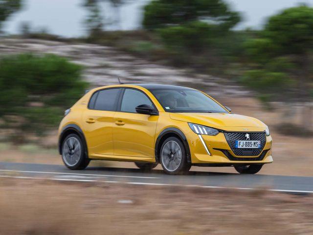 İlk sürüş : Yeni Peugeot 208 (2020)