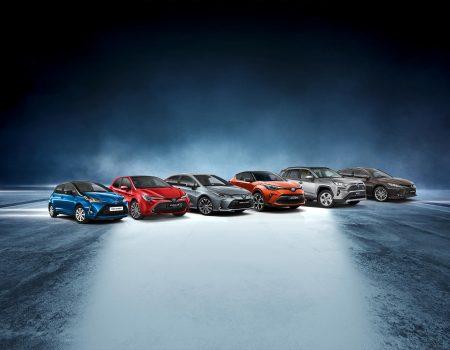 Toyota, öncüsü olduğu hibrit teknolojisinde dikkat çeken bir rekora daha imza attı