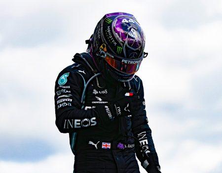 Lewis Hamilton rekora ortak oldu