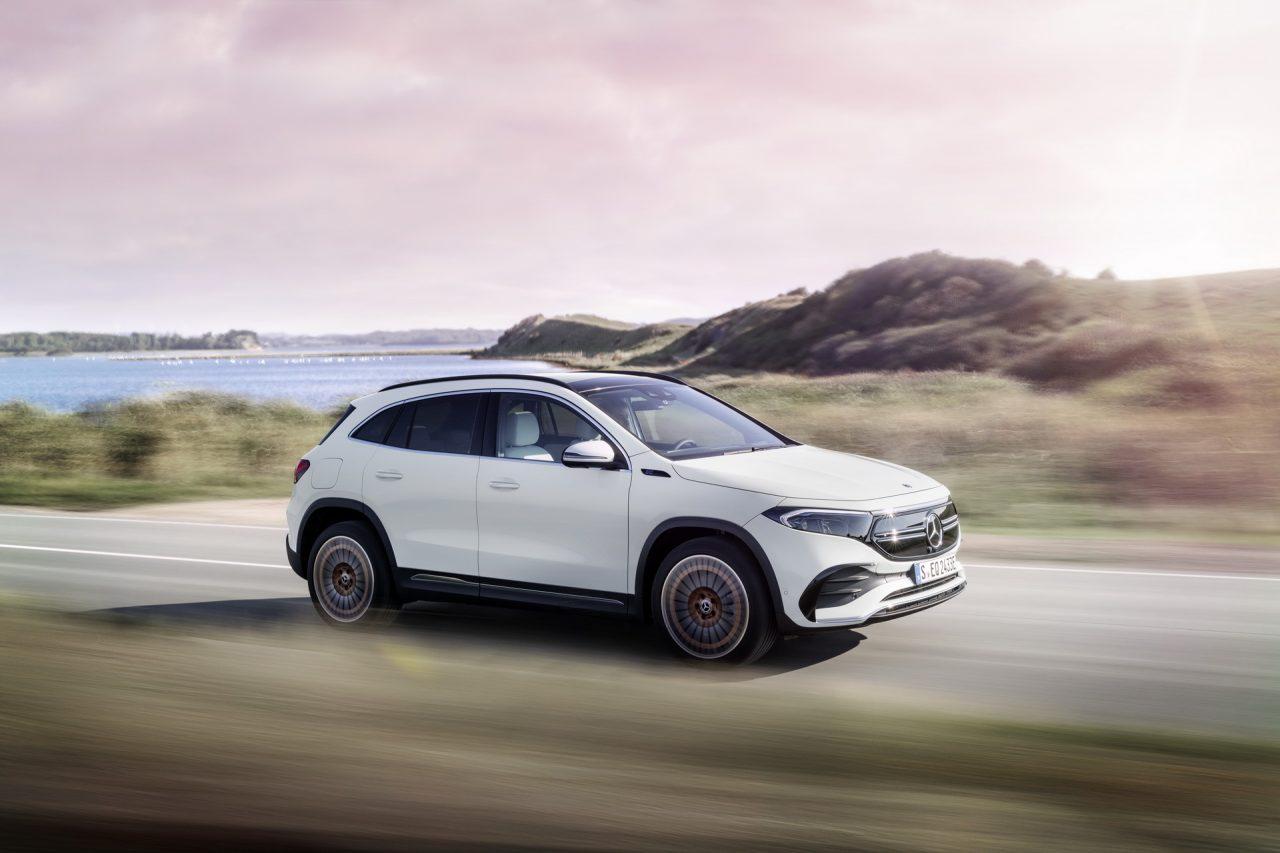Mercedes'in En Uygun Fiyatlı Elektriklisi Tanıtıldı