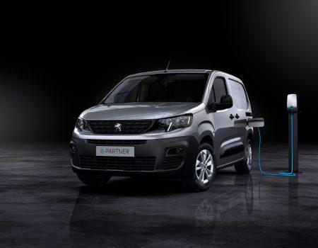 Peugeot e-Partner ile Elektrikli Hafif Ticari Araç Pazarına Girdi