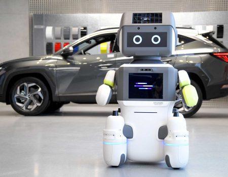 Hyundai İnsansı Robot DAL-e'yi Tanıttı.