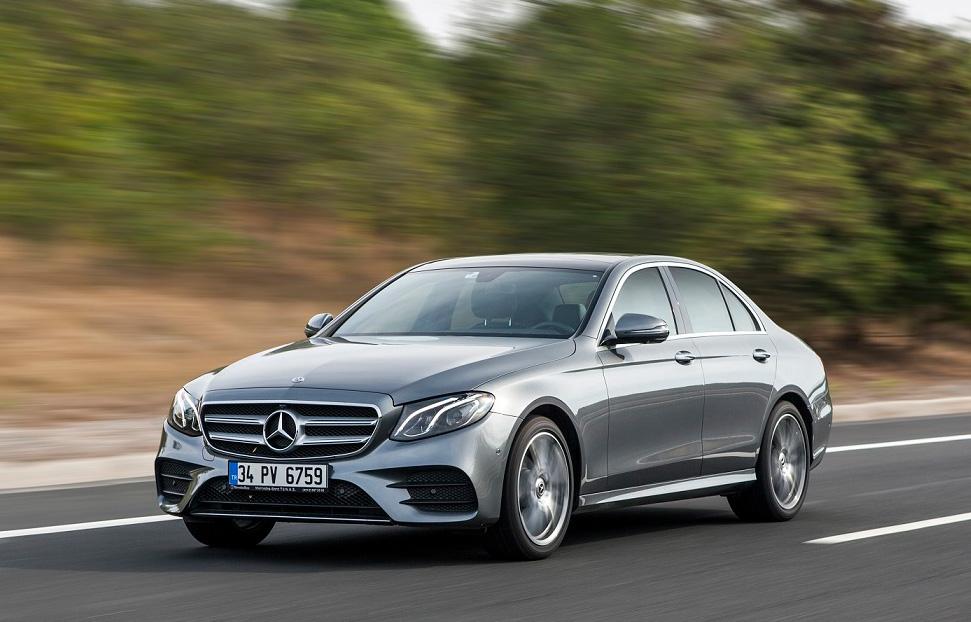 Mercedes-Benz Türk, 2021'de de Liderliği Hedefliyor