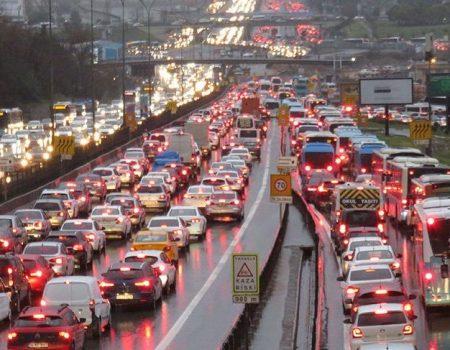 Trafikte Saygıyı Hatırlamamız Lazım