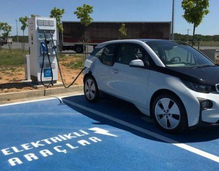 """""""Şarj İstasyonları Elektrikli Araçlara Engel Olmayacak"""""""