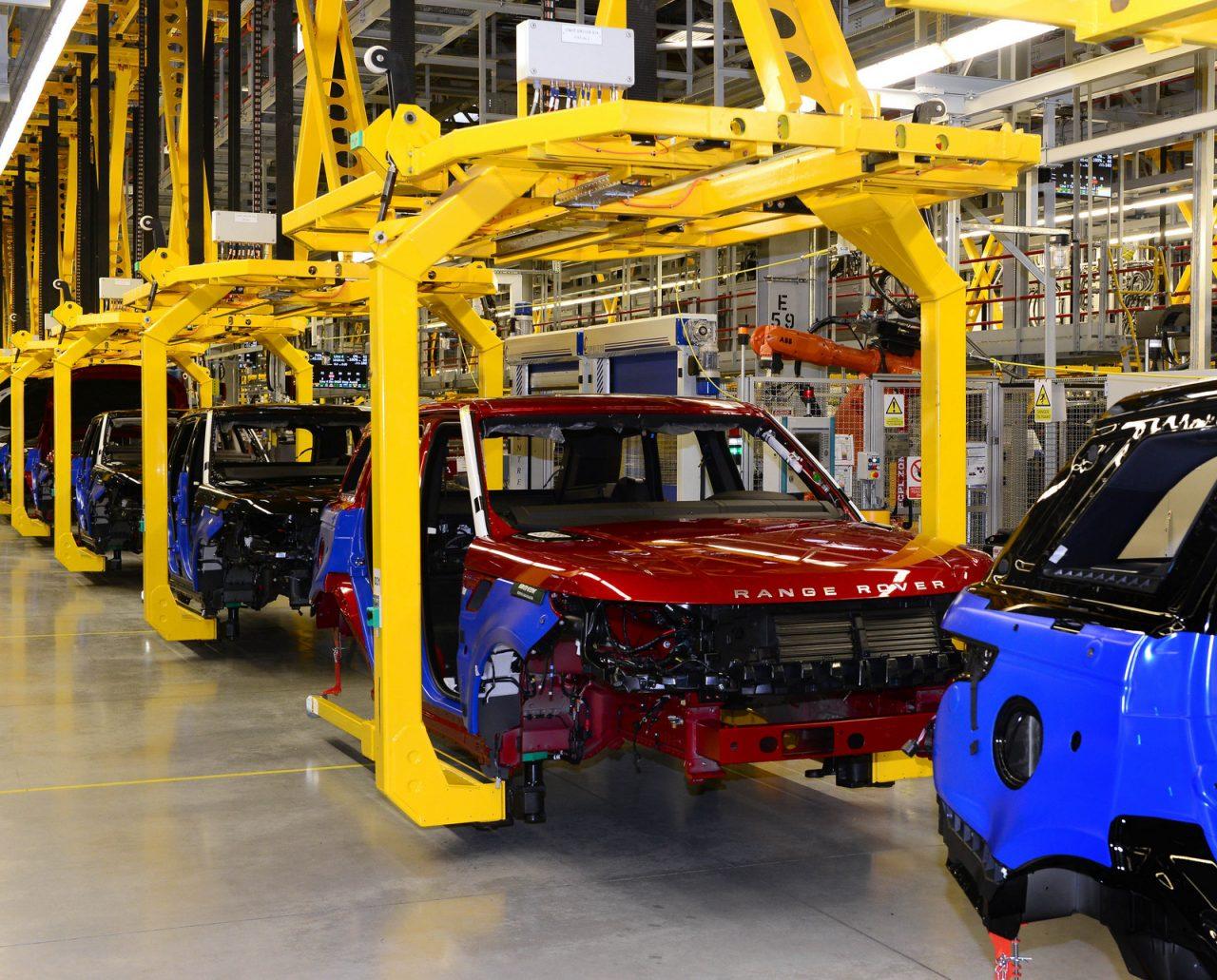Jaguar 5 Yıl Sonra Tamamen Elektrikleniyor