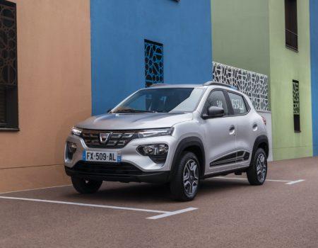 Ekonomik Elektrikli Yeni Dacia Spring Yollara Çıkıyor