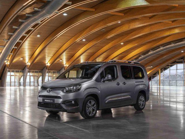 Toyota'nın Hafif Ticarisi Proace City Türkiye'de Satışa Sunuldu
