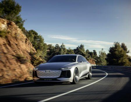Audi'den Mercedes EQS'ye Cevap Hızlı Geldi