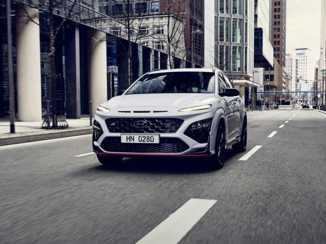 Hyundai'nin Performanslı B-SUV'u Kona N Tanıtıldı